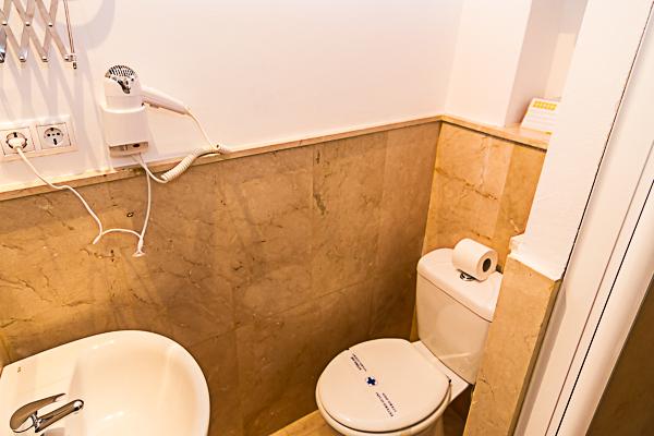 Reserva habitaciones de calidad Hotel Misiana Tarifa