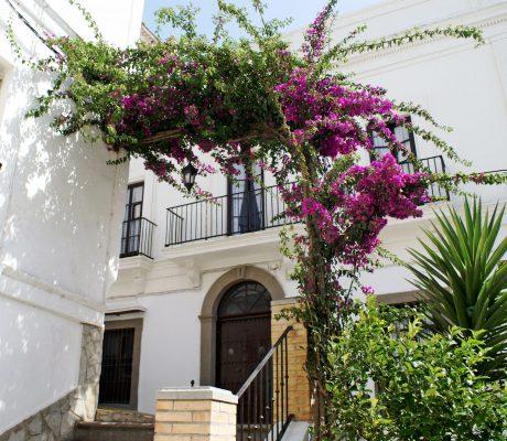 Descubre Tarifa con Hotel Misiana